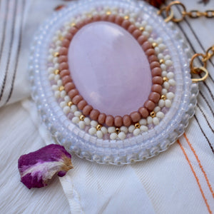 rose quartz + white half flowers