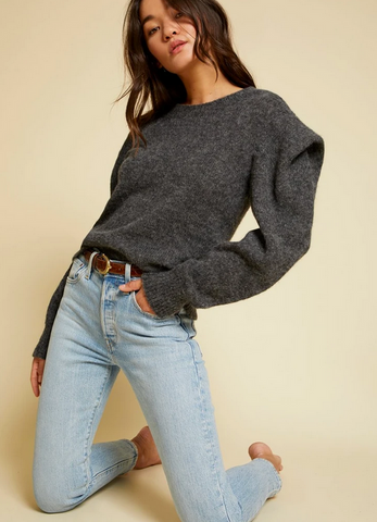 VICKI BOLD SHOULDER SWEATER - The SMITH