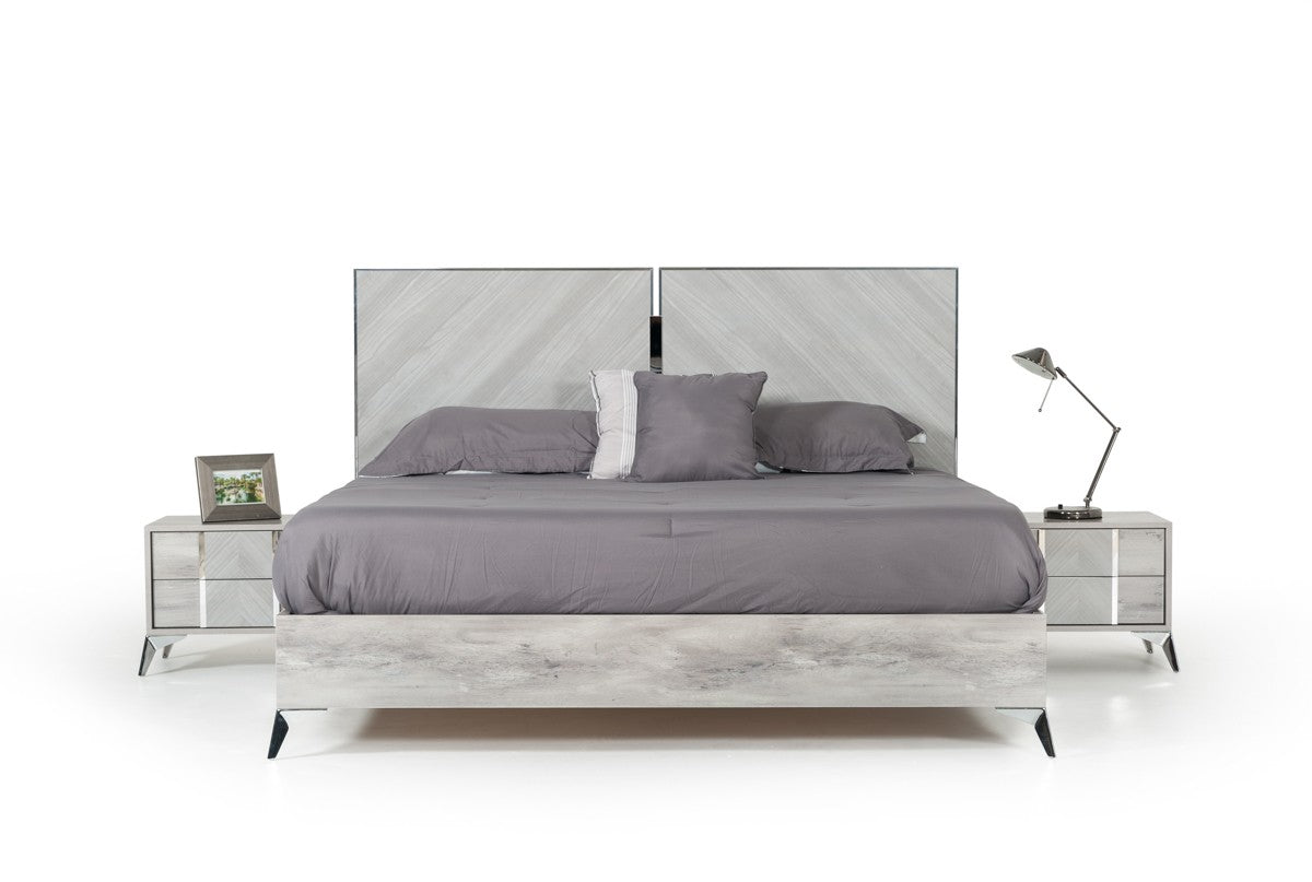 Nova Domus Queen Alexa Italian Modern Grey Bed