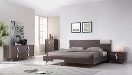 Modrest Nicola Queen Modern Grey Oak & Stainless Steel Bed