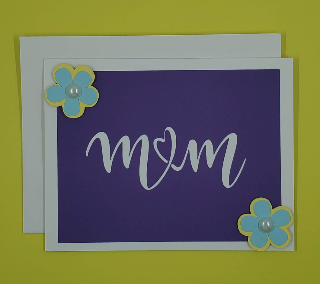 Mom Petite Floral Greeting Card