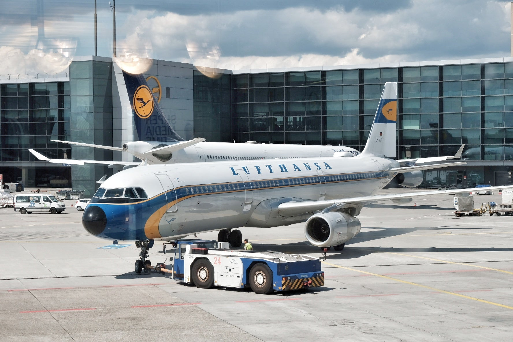 Lufthansa Special Edition – Wunderkey Carbon Air