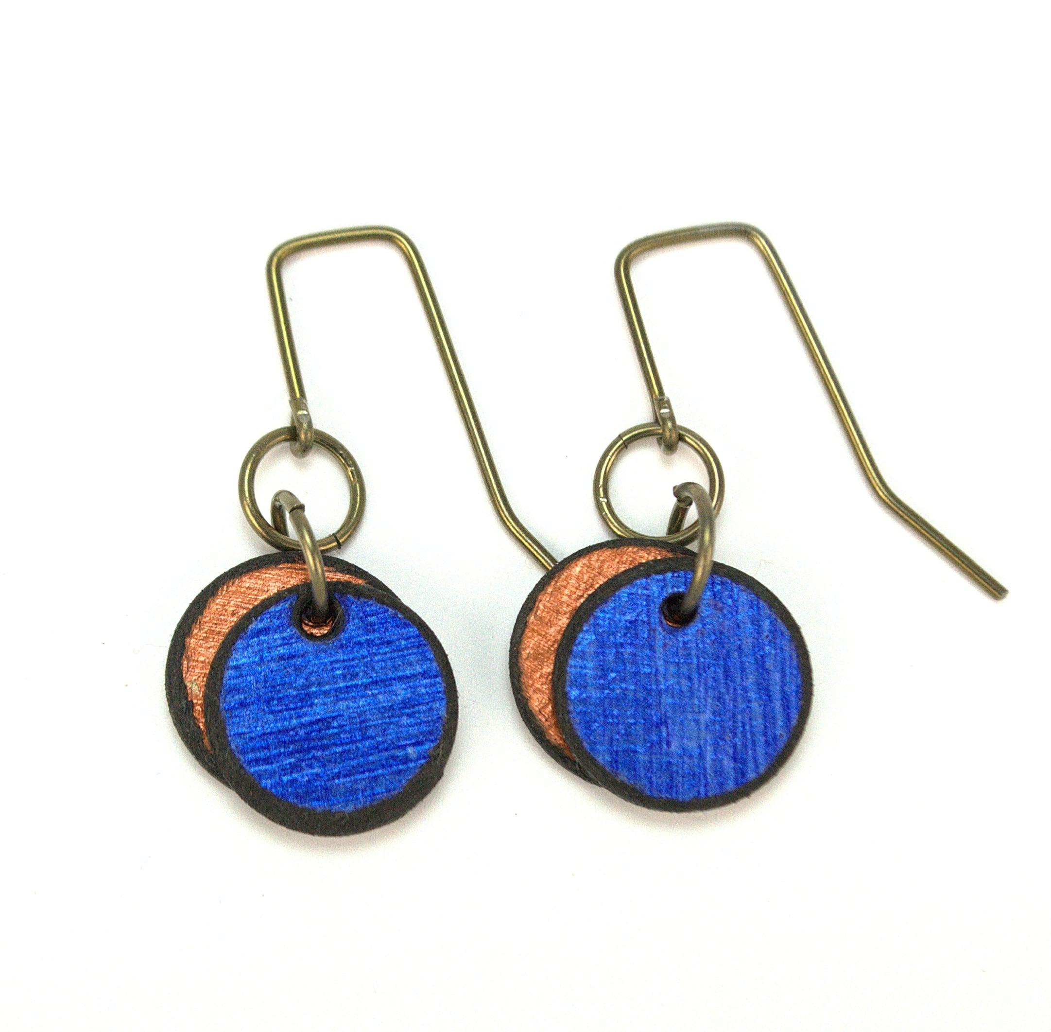 Sapphire double circle earrings made from rawhide, super lightweight