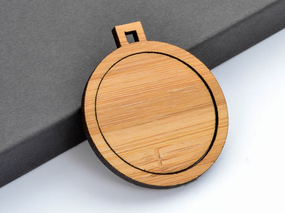 "1.5"" Circle with Square Connectors Embroidery Hoop Pendants 38mm Laser Cut from Wood - WayvDesigns"
