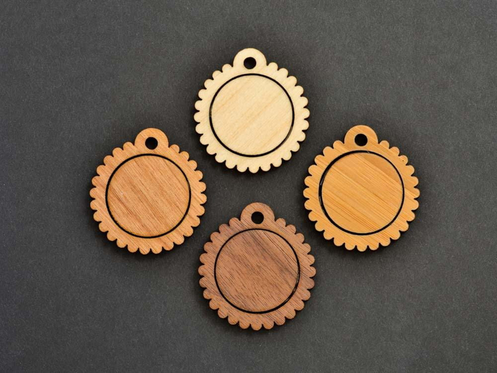 "1"" Embroidery Hoop Scalloped Edge Pendants Small 25mm Laser Cut from Wood EHPSC-25 - WayvDesigns"