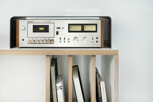HI-FI durable steel docking station