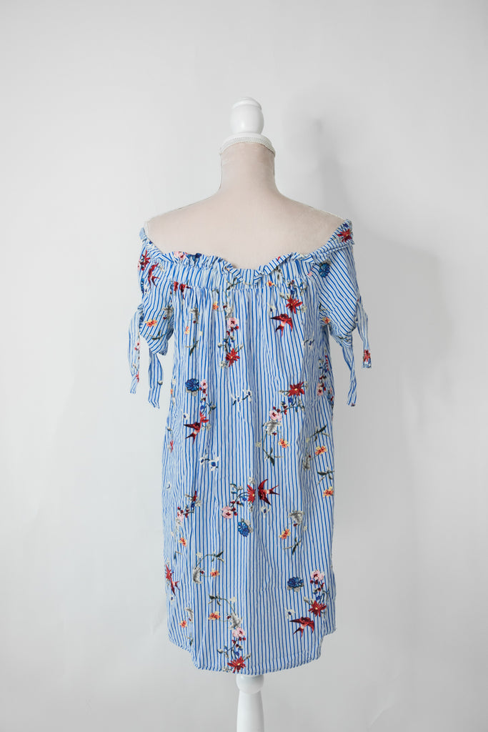 Off-shoulder mekko, S