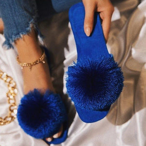 Flip Flop Flat With Pompon Slip-On Slippers