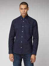 Load image into Gallery viewer, Long Sleeve Signature Oxford Shirt