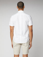 Load image into Gallery viewer, Short Sleeve Signature Oxford Shirt