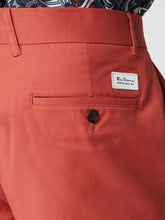 Load image into Gallery viewer, Signature Chino Short