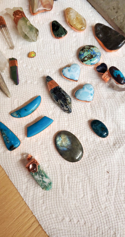 Blue crystals and gemstones for talisman jewelry