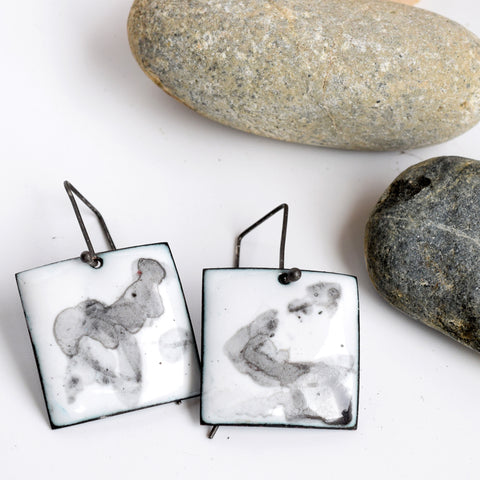 kyla katz hand painted black and white earrings