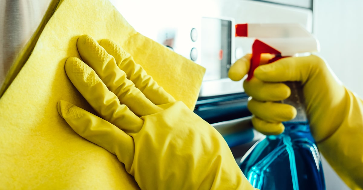 9 ways to protect yourself when using disinfectant