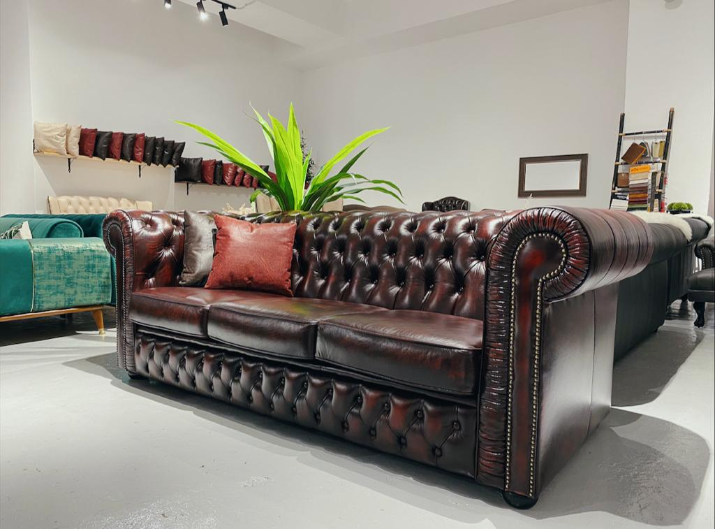 Wiltshire Chesterfield Sofa