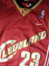 Load image into Gallery viewer, Lebron James Cavs Jersey