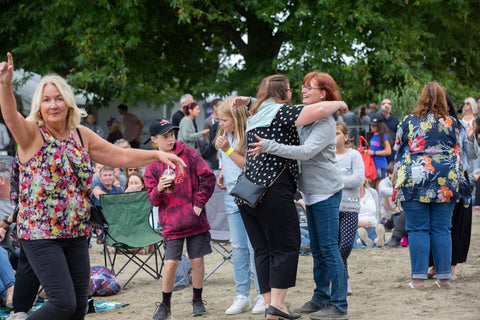 friends and family at Moana park concerts