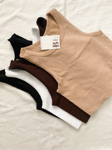 Highneck Crop Top