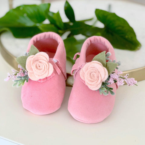 Moccasins | Baby Moccasins | Baby Shoes | flower Shoes | flower moccs | Crib Shoes | Baby Gift | flower girl shoes | 1st birthday shoes