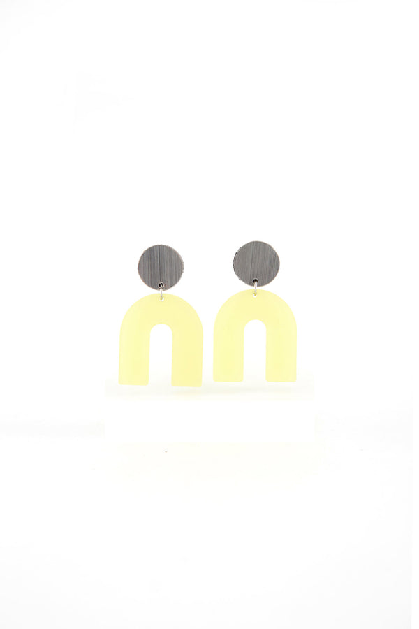 Audrey Arch Short Earrings