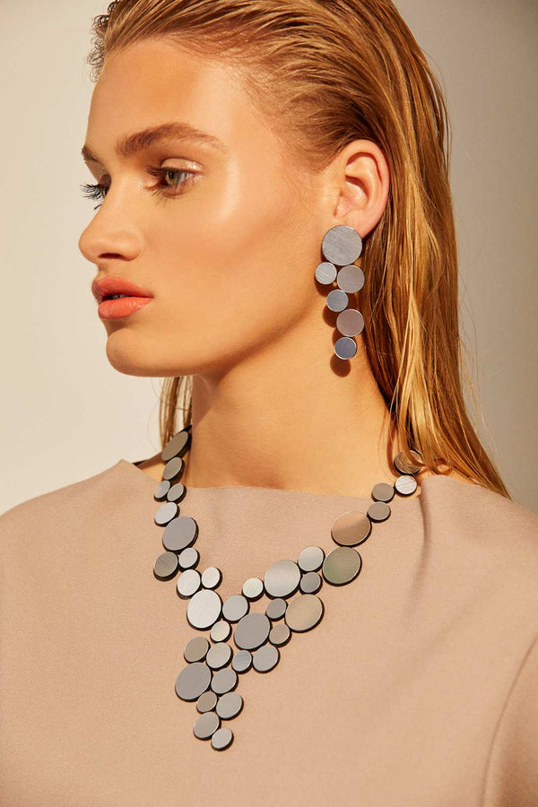 Collar Abstraction en V - Plata
