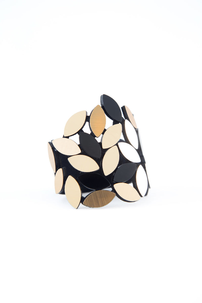 Kate Leaves Bracelet - Black & Gold