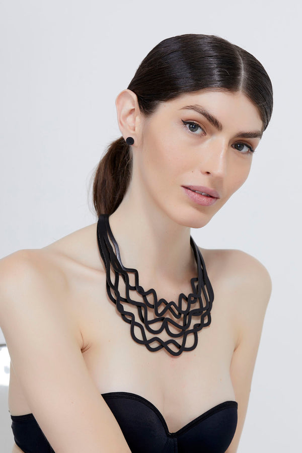 Curves Duo Necklace - Total Black
