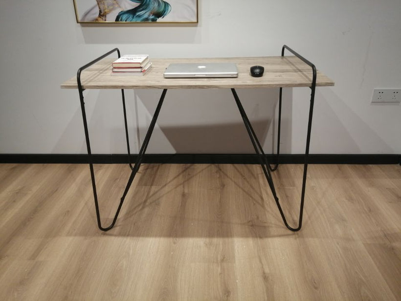 Inspirer Studio Reading Desk