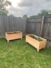 Load image into Gallery viewer, Cedar Raised Planters