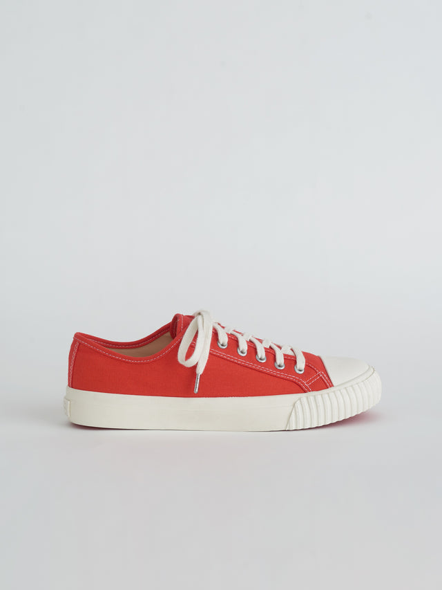 Alex Mill Finds: Bata Heritage Low Top in Red