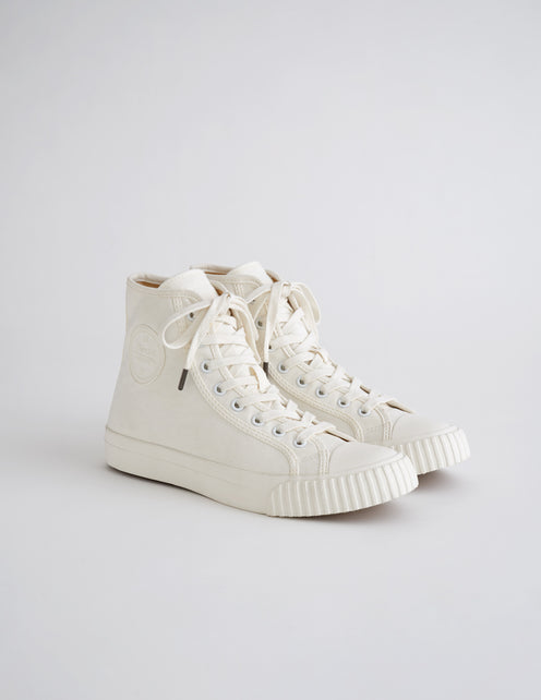 Alex Mill Finds: Bata Heritage High Top in White