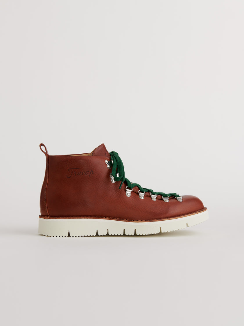 Alex Mill Finds: Fracap Boot in Brown Leather