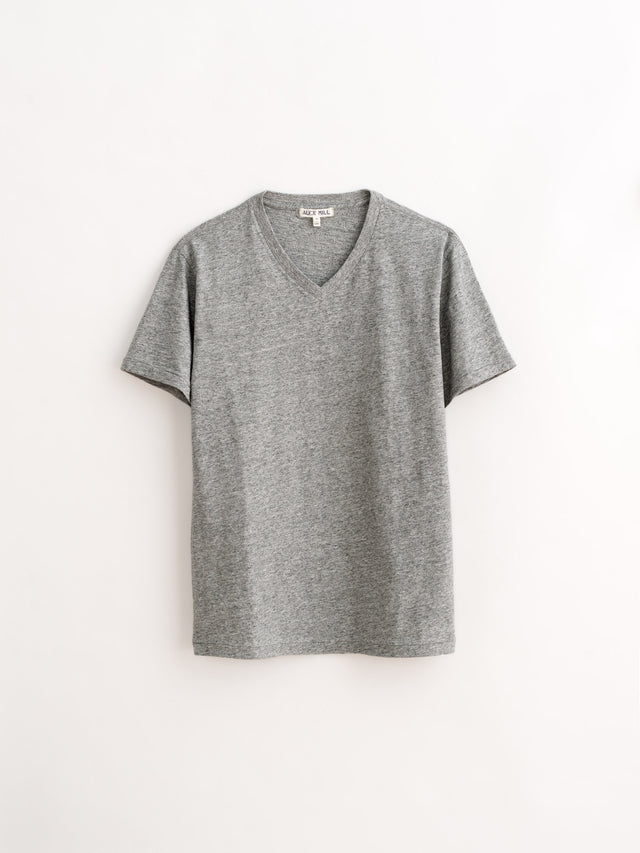 Standard V-Neck T-Shirt in Slub Cotton