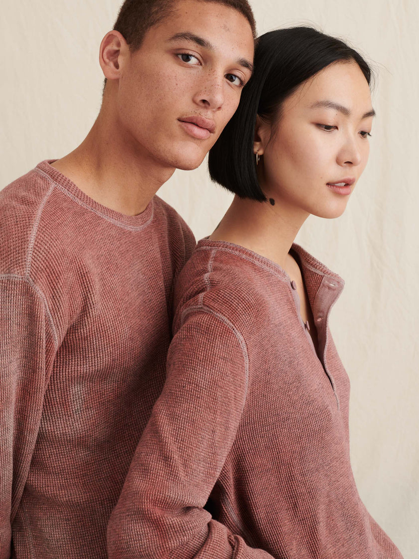 Alex Mill Editions: Natural Dye Waffle Henley in Botanical Berry