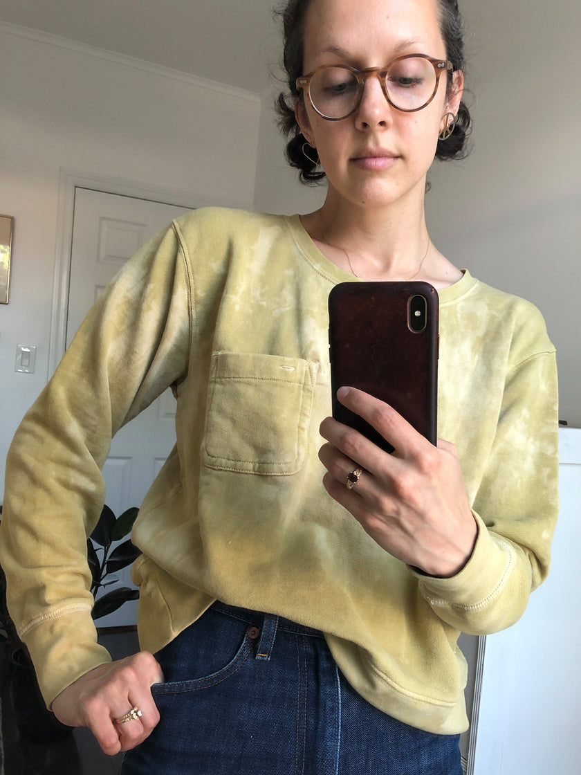 Alex Mill Limited Run: Natural Dye Sweatshirt in Botanical Faded Citron