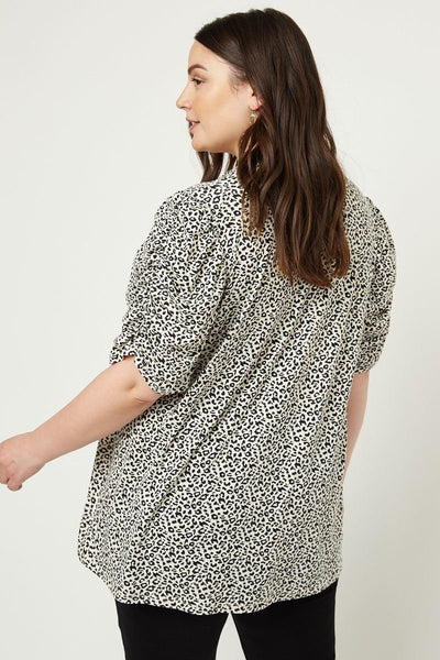 Plus Size Leopard Print V-Neck Top