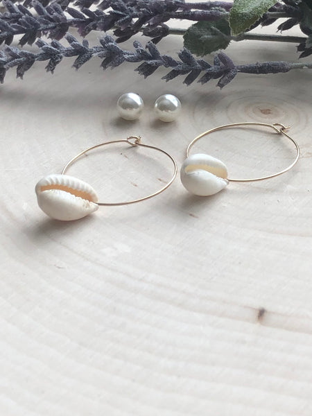 Cowrie Shell Earrings Set