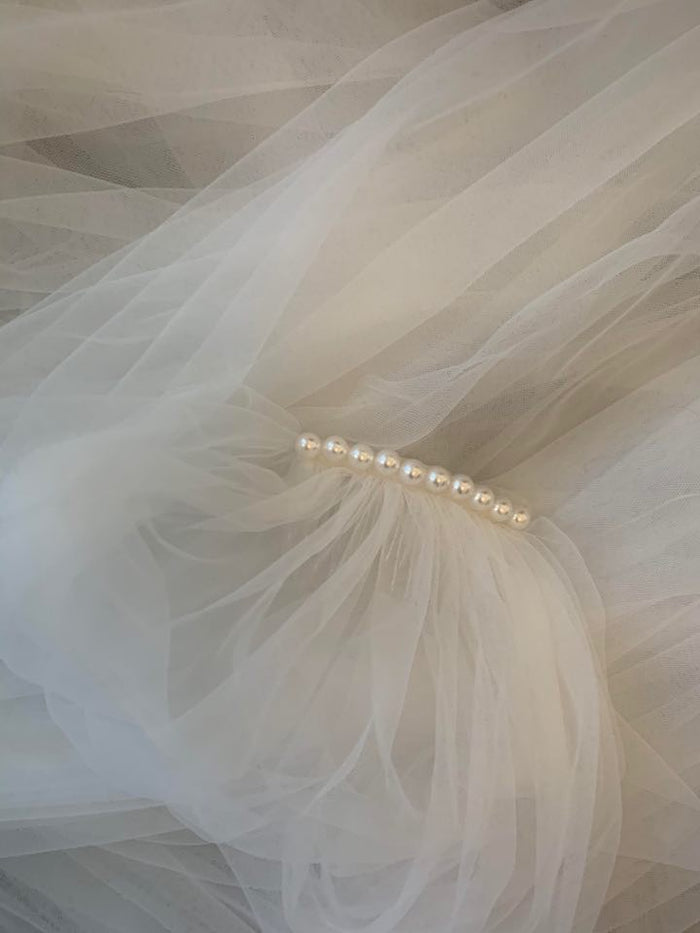 "72"" Veil with Pearl Detail"
