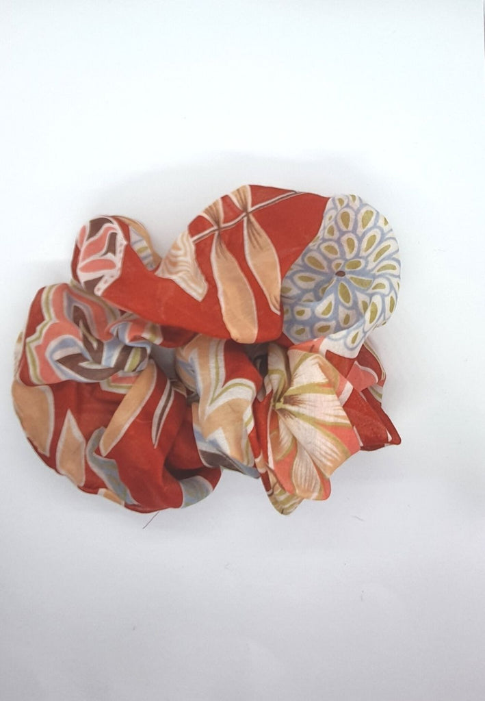 Keep your mane outta the rain Vintage Scrunchie - Brick Red