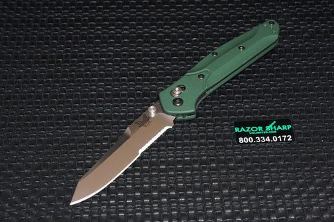 Benchmade 940S Osborne AXIS Lock Knife Green Satin Serrated