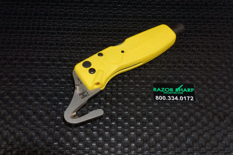 Benchmade 30200 Houdini Multi-Tool Rescue seatbelts breaks glass Hook Yellow