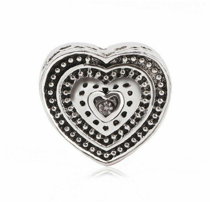 💎💝DESIGNER CHARMS💎💝Silver Colour Heart Charms+ Pouch-C/D07