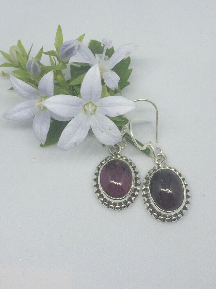 💎STERLING SILVER 925💎Handmade Oval Dangle Earrings w/Garnet -E/H21