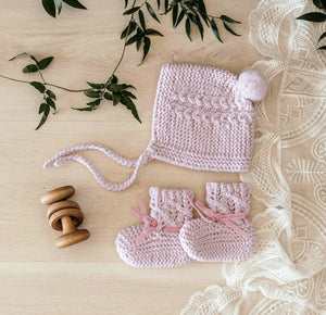 Snuggle Hunny Kids Merino Wool Bonnet and Booties - Pink