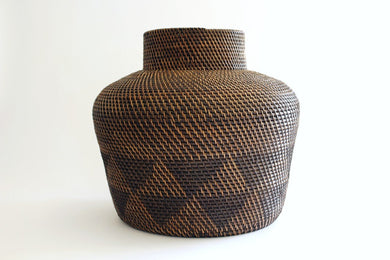 Oli Bali tight weave Basket