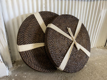 Load image into Gallery viewer, Rattan Place Mats (Round)