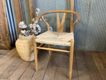 Load image into Gallery viewer, Teak Wood Wishbone Dining Chair
