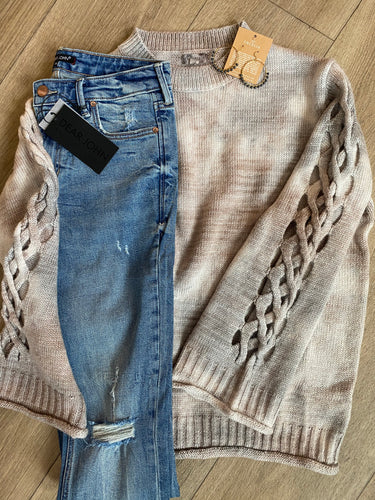 Grey /cream sweater with braided sleeve