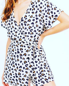 Leopard print Romper with tie