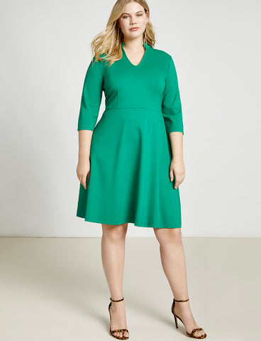 V-Neck A-Line Dress With 3/4 Sleeve in Verdant Green